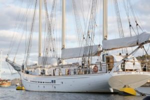Tall Ship Blue Clipper